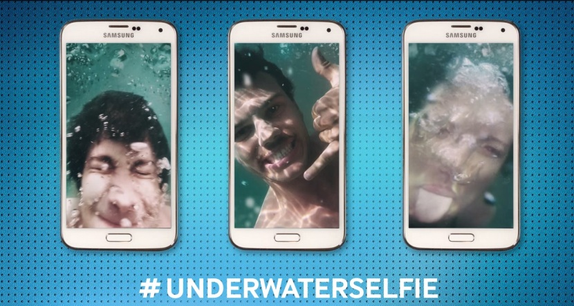 s5-underwaterselfie_No Comment